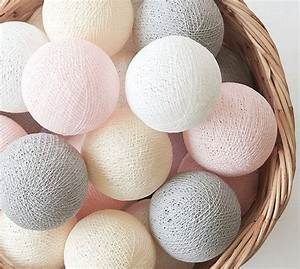 Cotton Ball Lights : interieur romantisch wonen in pastel stijlvol styling woonblogstijlvol styling woonblog ~ Eleganceandgraceweddings.com Haus und Dekorationen