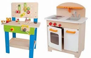 Lit Pour Enfant De 2 Ans : id es cadeaux pour enfants de 2 ans 3 ans ou 4 ans nature ~ Teatrodelosmanantiales.com Idées de Décoration