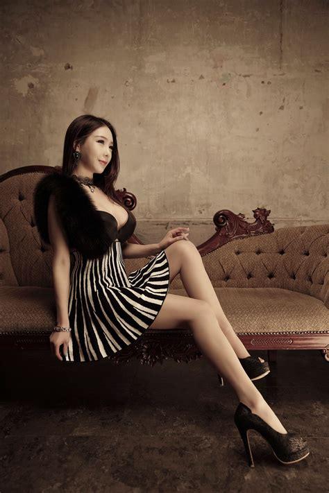 Uhm Ji Ah 20140312 ~ Korean Top Cute