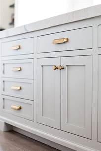 bathroom cabinet hardware ideas best 25 kitchen cabinet hardware ideas on cabinet hardware kitchen cabinet pulls