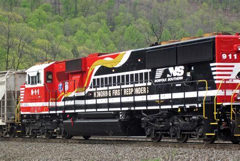 File:Norfolk Southern Railway - 911 diesel locomotive ...