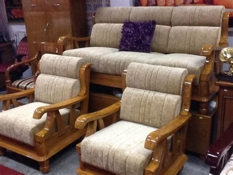 Sofa Set Designs And Prices In Mumbai by Sofa Set Bangalore Sofa Sets Set At Low Prices In