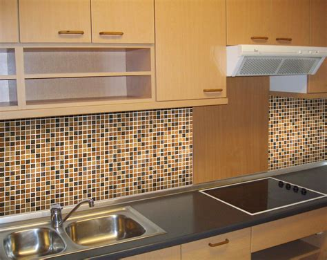 5 Modern And Sparkling Backsplash Tile Ideas