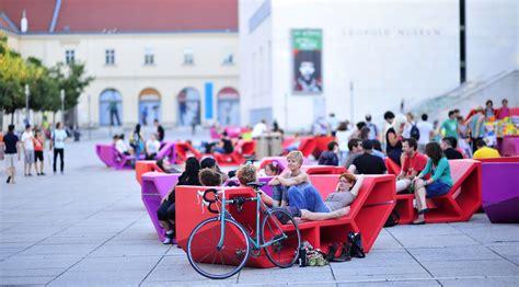 Sitzmöbel In Einem Raum by Sommer Sofas F 252 R Den Escher Wyss Platz Stadt Z 252 Rich