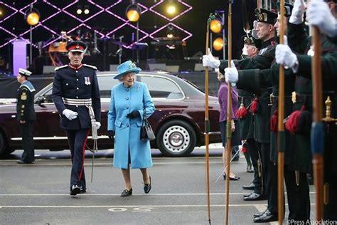Pin by Myra Beasley on England | Royal, Royal company ...