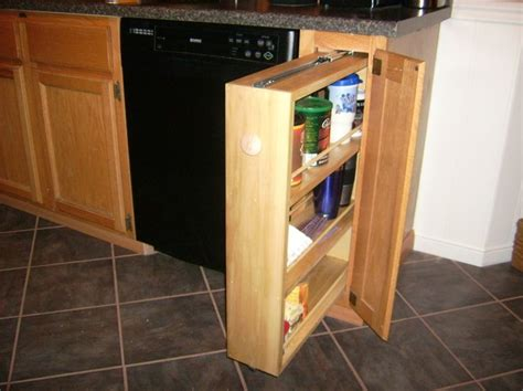 Diy Pull Out Spice Rack by Best 25 Pull Out Spice Rack Ideas On Kitchen