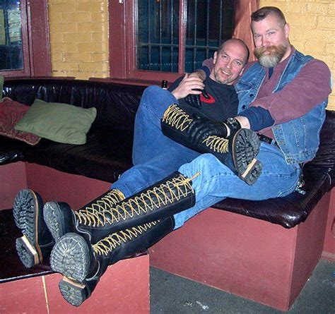 hot boots bluf party