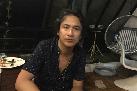 Emiliano buendía is 24 years old (25/12/1996) and he is 170cm tall. Ely Buendia gave us a preview of Apartel's new album and it's amazing   ABS-CBN News