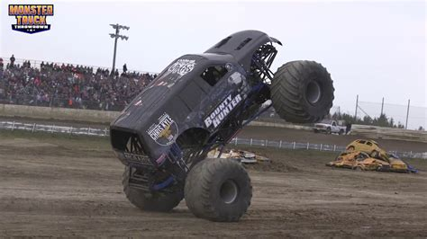 monster truck show edmonton monster truck throwdown edmonton alberta 2017