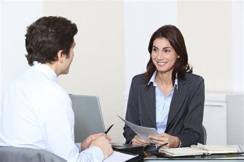 Como escolher a roupa para entrevista de emprego?