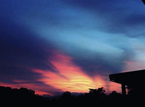 ท้องฟ้ายามเย็น — Steemit