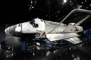 Space Shuttle AtlantisSM –World's Most Comprehensive ...