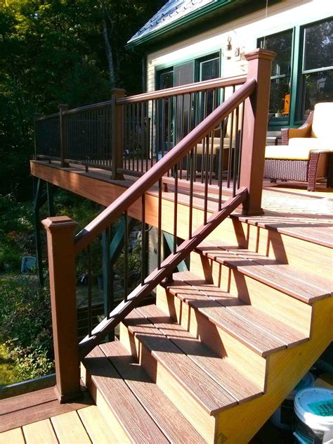 Porch Stair Handrail by How To Build A Railing For Deck Stairs The Washington Post