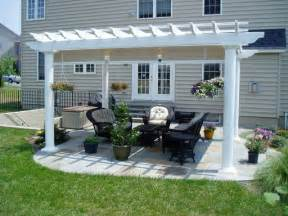 Small Patio with Pergola and Gazebo Design