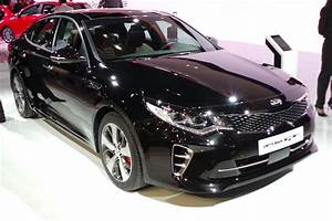 Kia Paris : new kia optima gt at paris 2016 pictures auto express ~ Gottalentnigeria.com Avis de Voitures