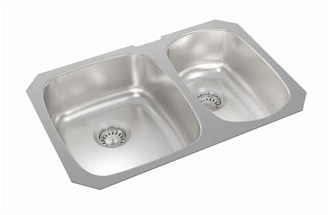 1 1/2 Bowl Kitchen Sinks in Canada