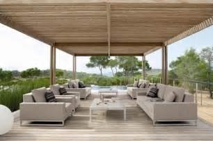 Designer Garden Bench by Luxurious Outdoor Furniture Luxury Outdoor Furniture