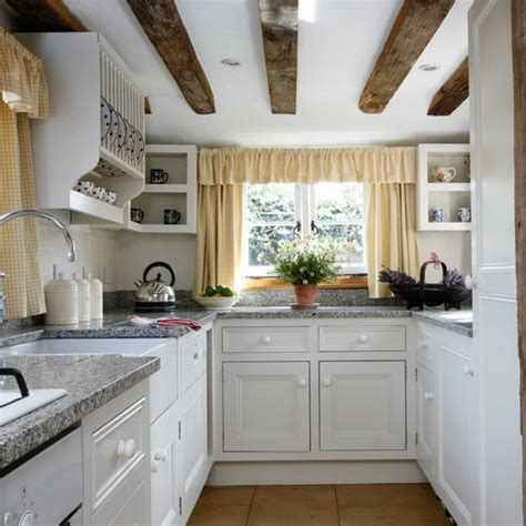 open shelving small kitchen design housetohomecouk