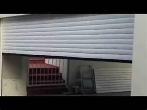 porte de garage enroulable blanche isoles motorisee posee With porte garage motorisee