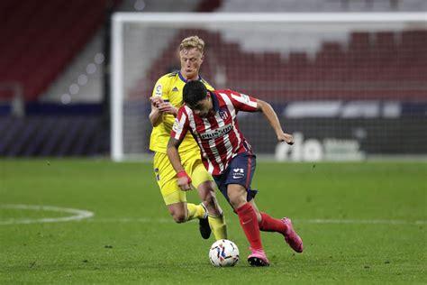 Atletico's Luis Suarez to miss Barcelona match
