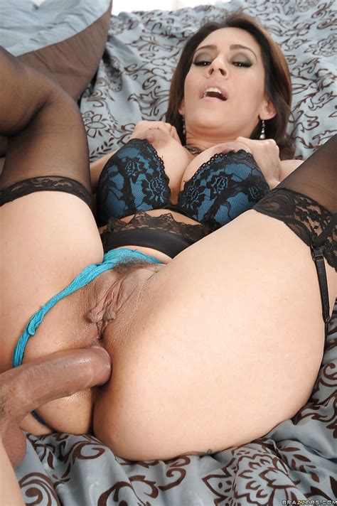 Seductive Latina Milf In Nylon Stockings Gets Banged