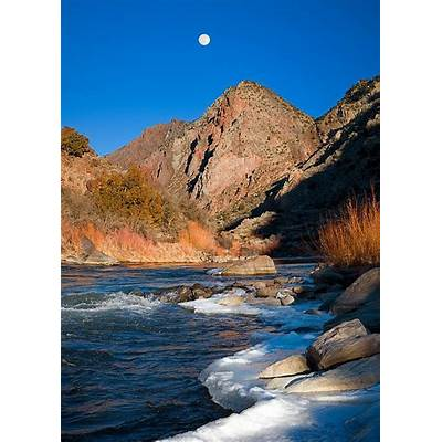 A view of the Rio Grande - New MexicoThe earth