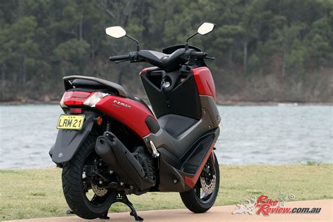 Review Yamaha Nmax by Review 2018 Yamaha Nmax 155 Scooter Bike Review