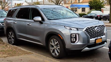 In this video we take a full tour of the all new 2020 hyundai palisade sel htrac! File:2020 Hyundai Palisade SEL, front 3.2.20.jpg - Wikipedia