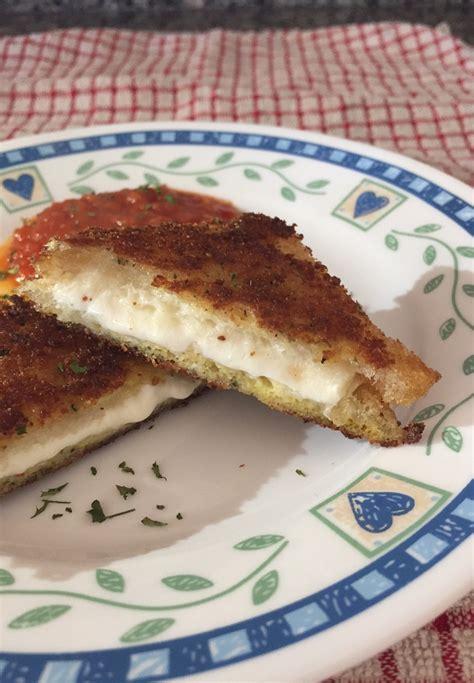 mozzarella en carrozza mozzarella en carrozza with marinara sauce dadspantry