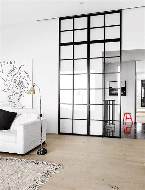 peut on mettre du parquet dans une cuisine inspiration des portes vitrées style atelier frenchy fancy