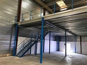 Escalier Industriel Occasion : mezanine escalier avec palier asr rayonnages normandie ~ Medecine-chirurgie-esthetiques.com Avis de Voitures