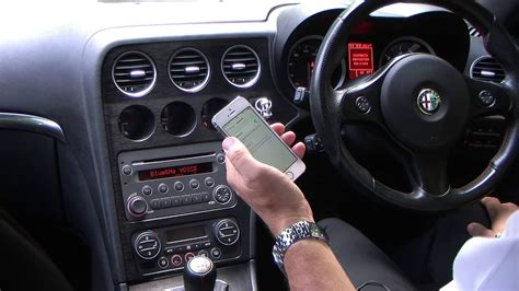 syncing  iphone   blue  system   alfa romeo