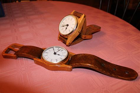 wooden wrist  clocks   desk  wall hanging