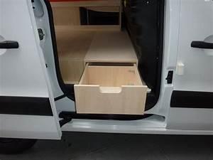 Amenagement Peugeot Partner : plancher bois amenagement d utilitaire fourgon peugeot partner l1 ~ Medecine-chirurgie-esthetiques.com Avis de Voitures
