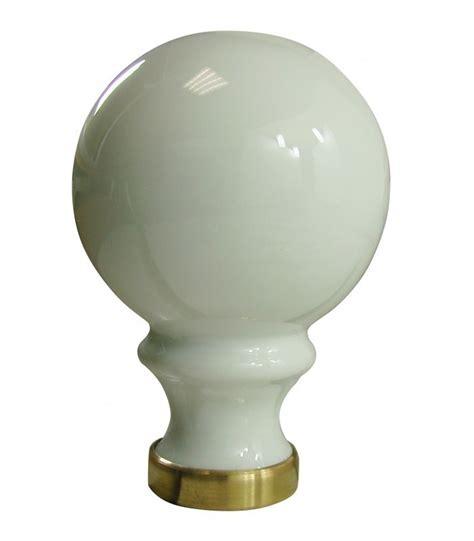 boule de re d escalier boule de re d escalier blanche 248 80 mm en porcelaine de limoges sur embase laiton