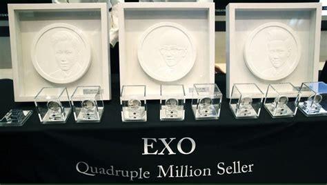 exo quintuple exo achieves record album pre order sales koreaboo