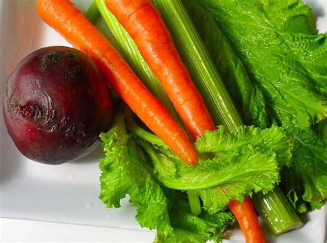 carrot celery beet mustard greens juice stalks