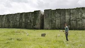 The Maze Runner REVIEW – Let's Put an End To Book-To-Movie ...