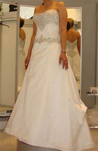 pre sell a wedding dress yes preowned wedding dresses With previously owned wedding dresses