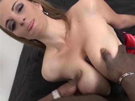 Mature With Big Juicy Tits Takes Titty Fuck And Hardcore