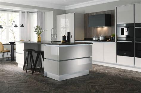 ideas  creating  ultra modern kitchen wren kitchens