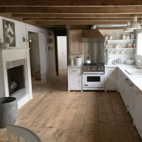 wood floors in a kitchen 17 best images about farmhouse kitchens on 1937