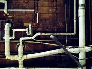 Kunststoff Wasserleitung Selbst Verlegen : wasserleitung verlegen kosten risiken und fachgerechtes vorgehen im berblick ~ Frokenaadalensverden.com Haus und Dekorationen