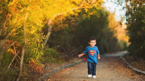 Family Pictures With Backdrop by 10 Tips To Shoot Great Family Photos Using Autumn S