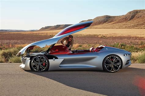 Renault Concept by Renault Trezor Concept Pulls Out All The Stops In