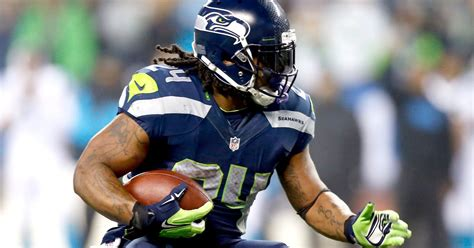 seahawks pay tribute  marshawn lynch  sick highlight