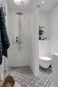 tiny bathroom ideas photos best 25 small bathrooms ideas on small master