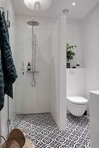 Shower design ideas small bathroom regarding home for Best toilets for small bathrooms