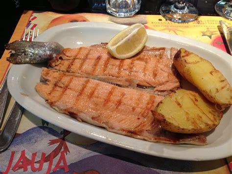 cuisine argentine empanadas argentine cuisine trout beef pasta empanada
