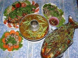 Two fry fish and other Cambodian foods | Cambodian Recipes ...